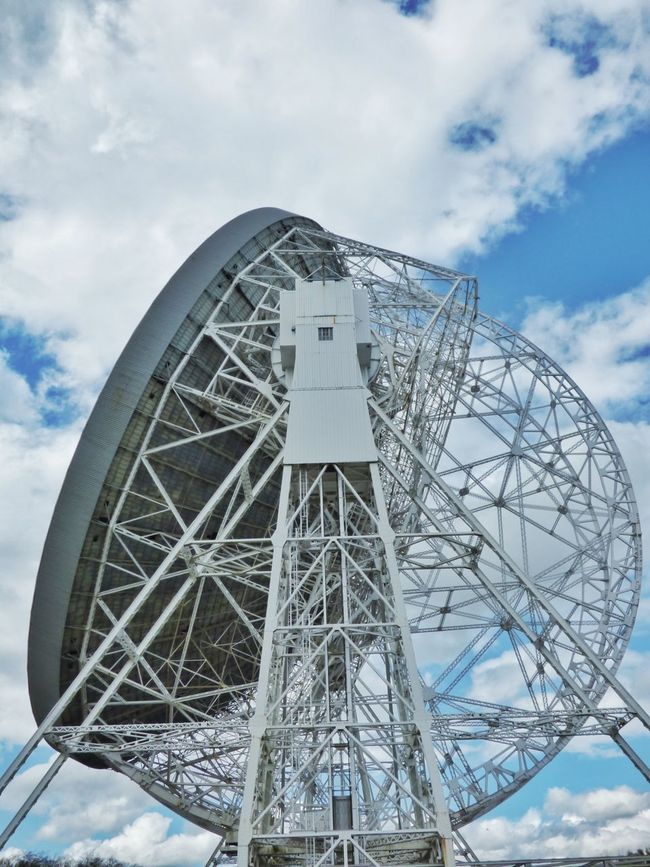 Jodrell Bank, Cheshire #5 // Architecture BIG Cheshire Clouds Countryside Dish EyeEm Best Shots EyeEm Gallery Jodrell Bank Jodrellbank Large Mike Whitby Observatory Photography Photooftheday Picoftheday Science Scientific Sky Sky And Clouds Space Taking Photos Taking Pictures Telescope White