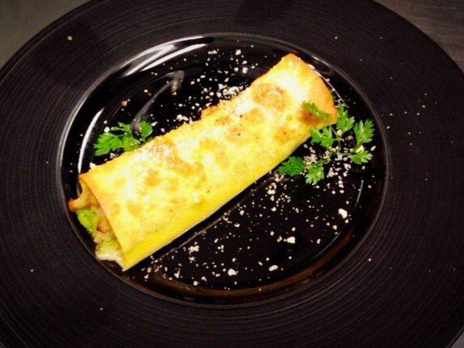 Enjoying A Meal Antipasti Caldi Cannelloni Fiori Di Colza