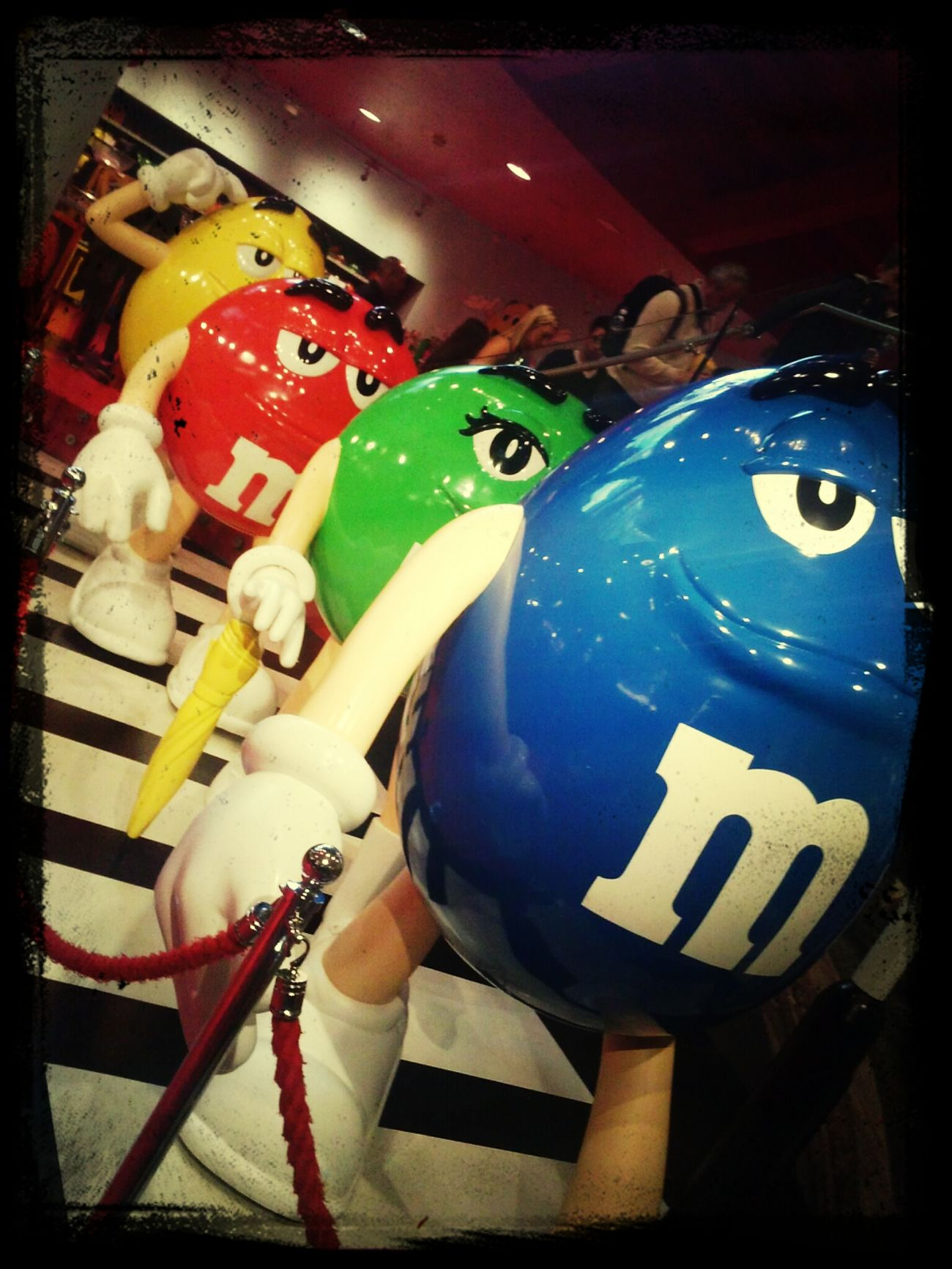 .M&M's World ;p