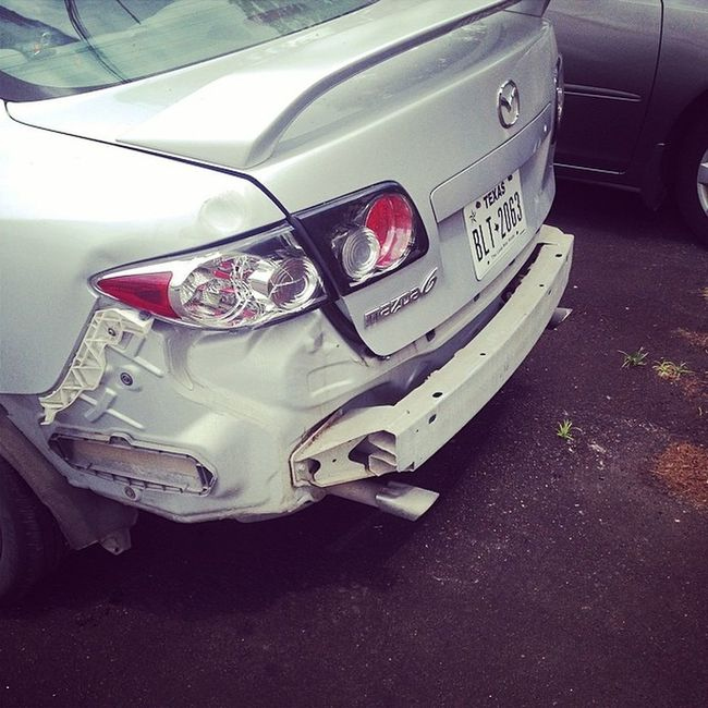 Awesome .. 3 wreck in the past 3 weeks.. I'm grounded for life.. ? FuckMyLyfe NeverDrivingAgain ImFired Mypoorbaby ??