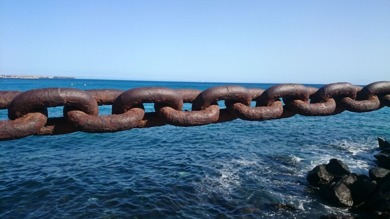 Chain Chain Chainlink Fence Chains Chainlink Chained Up Strong Aged Steel Security Strength Safe Sea Breakers Rust Metal Lanzarote
