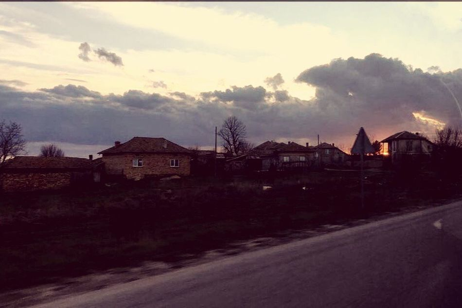 Sunset in Popovo😘🌞✨✨✨ Built Structure Architecture House Building Exterior Sky No People Outdoors Tranquility Road Nature Landscape Tree Day Scenics Beauty In Nature