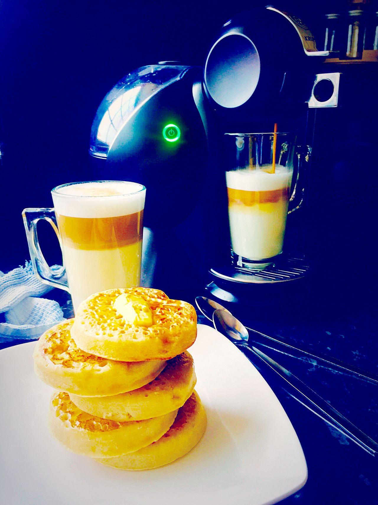 Coffee At Home Cappuccinocoffeelatte Enjoying Some Hot Buttered Crumpets To Warm Us Up Before Hitting The Shambles! Golden Buttery Honey Crumpets Coffeelovers Coffee Time My Favorite Breakfast Moment