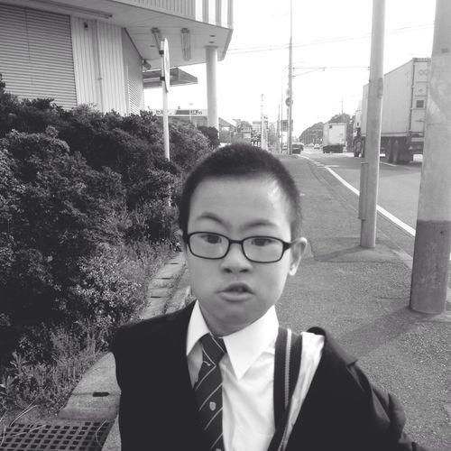 Enjoying Life Akiphoto 。◕‿◕。) 中学 楽しいらしいよ明輝(^ν^)放送部だって、意外だ(≧∇≦)人見知りだから〜(≧∇≦)