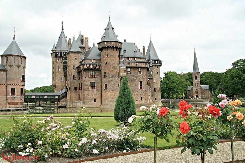 castle de Haar in Haarzuilens Flowers :) OldCastle Kasteel De Haar Touring