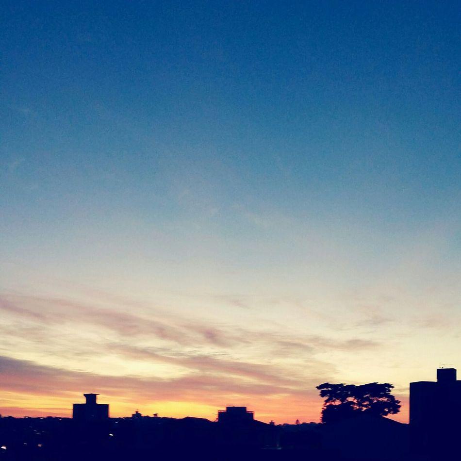 O amanhecer me acalma... Amanhecer Dia Maio First Eyeem Photo