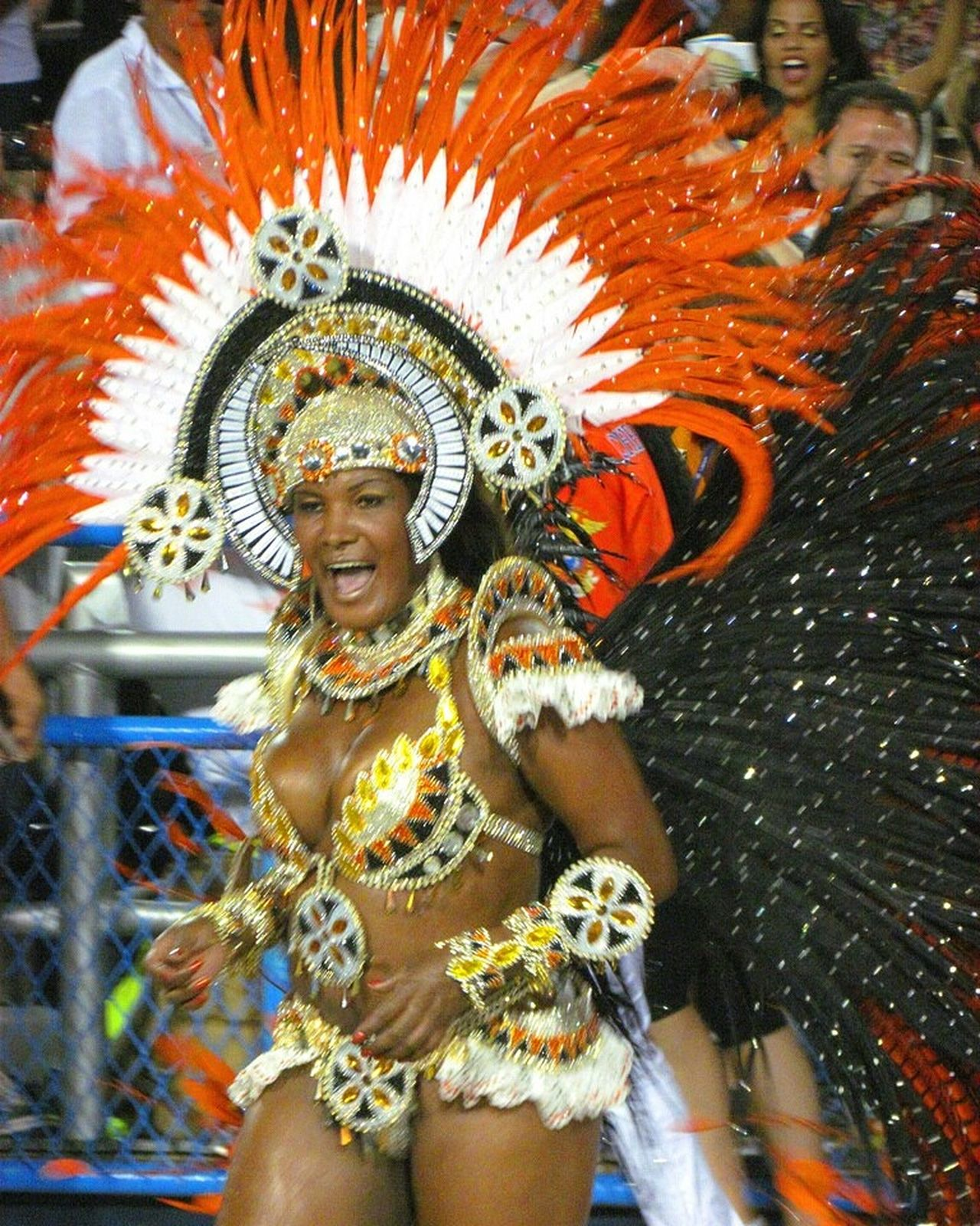 Carioca Girl Brasil Brazil Carioca Colours Of Carnival Brasil ♥ Cariocadagema Carnaval Carnival Selusava
