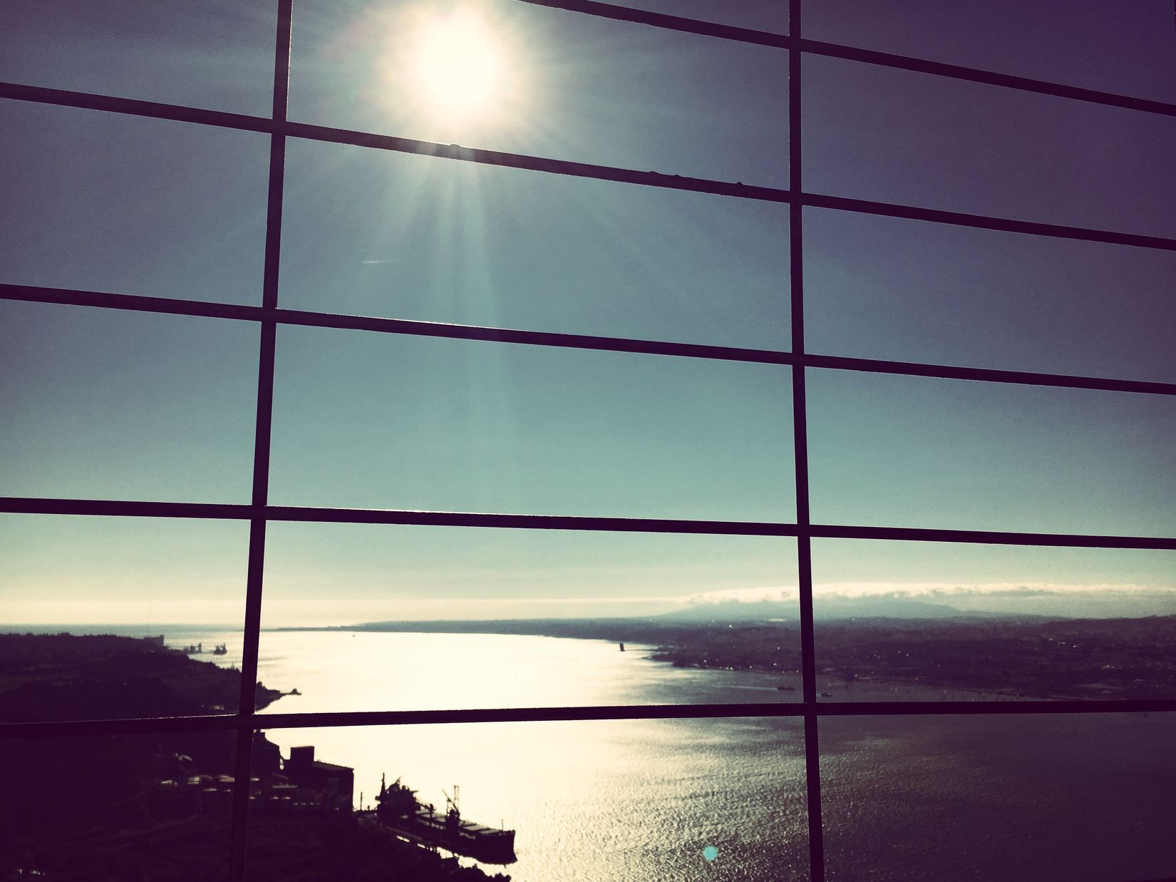 Large View  360DegreeView Panorama Landscape Sea Cost Nature EyeEm Nature Lover End Of The Day Sunset Sunshine Blue Sky Railing Cristo Rei (Portugal) Lisboa Lisbon Mmaff From My Point Of View Eye4photography  EyeEm Gallery Taking Photos Hello World