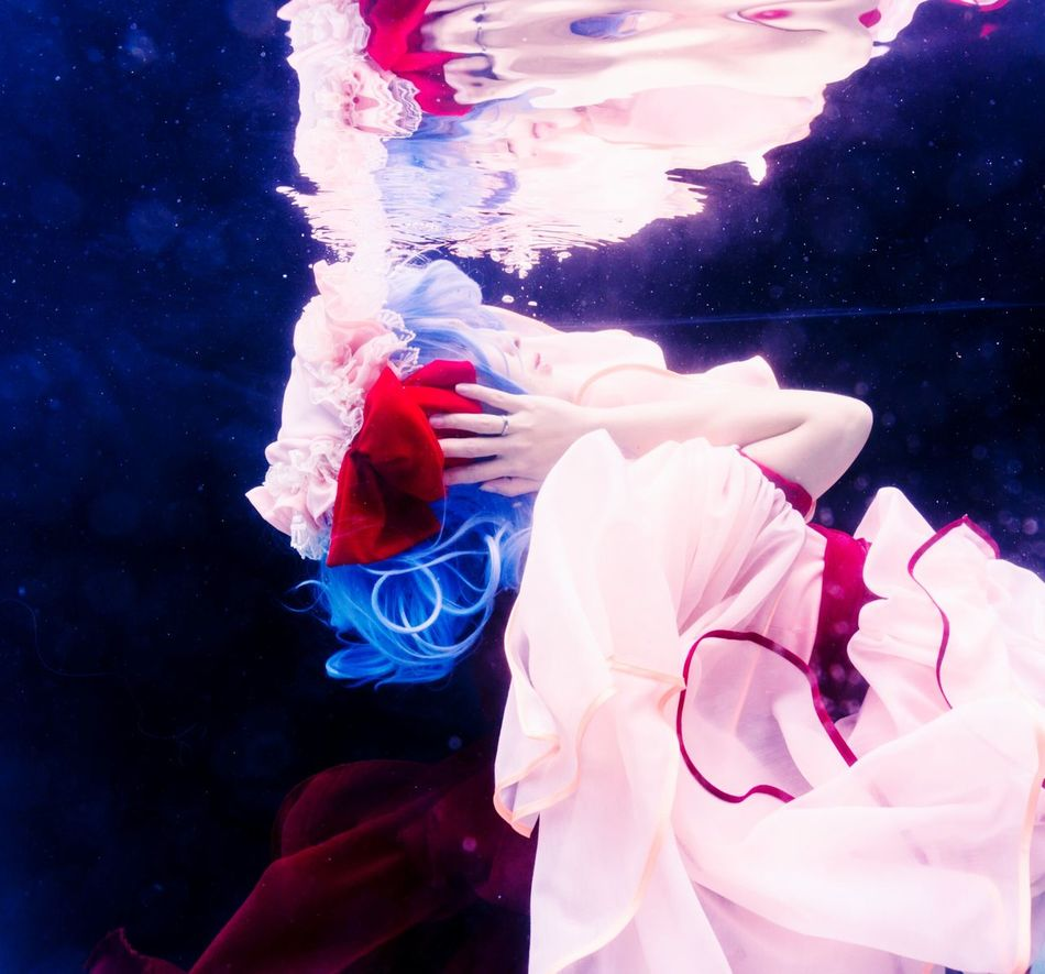 See no evil, hear no evil, speak no evil. Underwater One Woman Only Beauty One Person People Only Women Water Remilia Scarlet Touhou Project Cosplay Portrait Girl Asdgraphy Vampire Loli Adult Water Floating