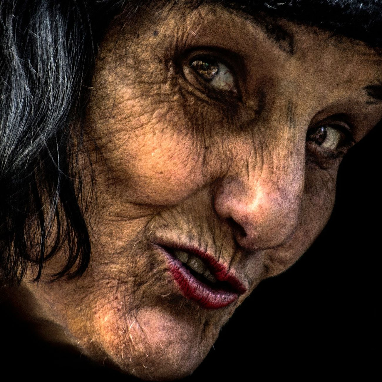 Anonymous portrait... Human Face One Person Real People Portrait RePicture Ageing Streetphotography People Touching Arts Culture And Entertainment Beauty Wrinkled Exhibition Exhibit Art Photographic Photograph Photographer Gallery Visitor Watchers Watch See Look Looking Private Public Blurred Blur Out Of Focus Photography Documentary Reportage Street The Human Condition Contemplation Street Portrait Human Lips Human Representation Mature Adult Adults Only EyeEm Best Shots Pain Human Skin Human Body Part Human Hand One Woman Only