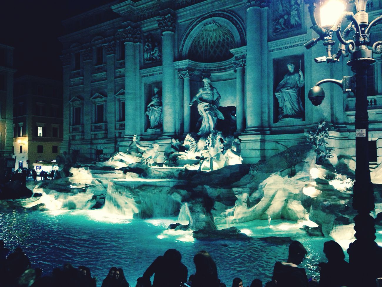 Fontana Di Trevi ⛲️😁 Awesome_view I'm In Love With This City ❤👍