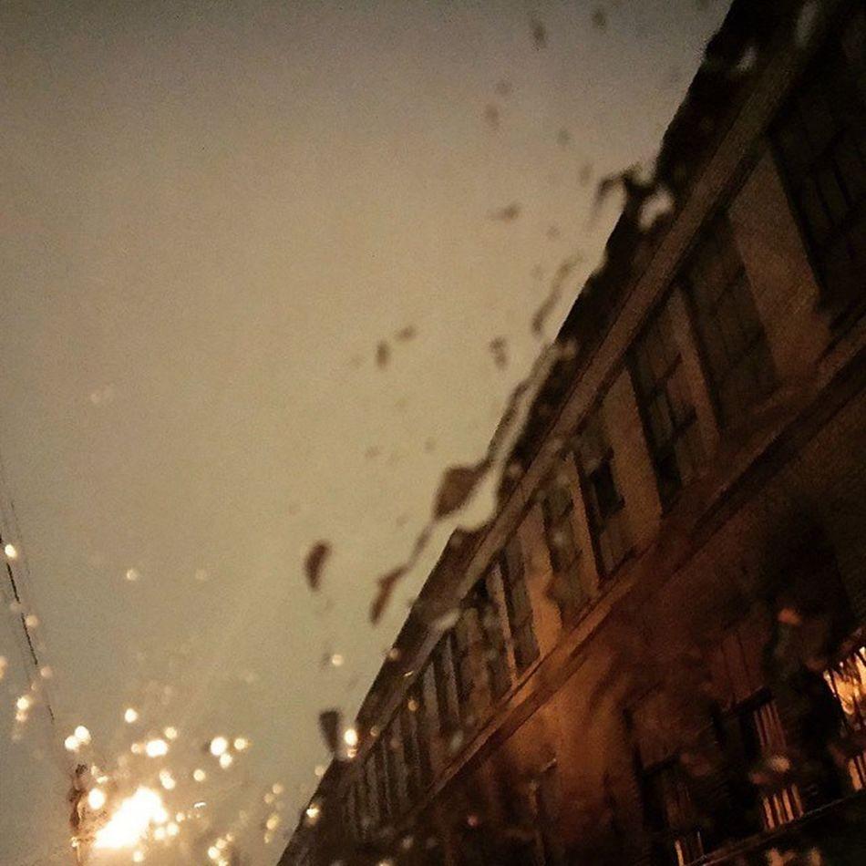 Kiev through snow drops on the windscreen❄🎶〰 Snow Winterinkiev Kievwinter Winter Snowdrops Drops Windscreen Windshield Киев каплидождя снег лобовоестекло зима киевскаязима таетснег
