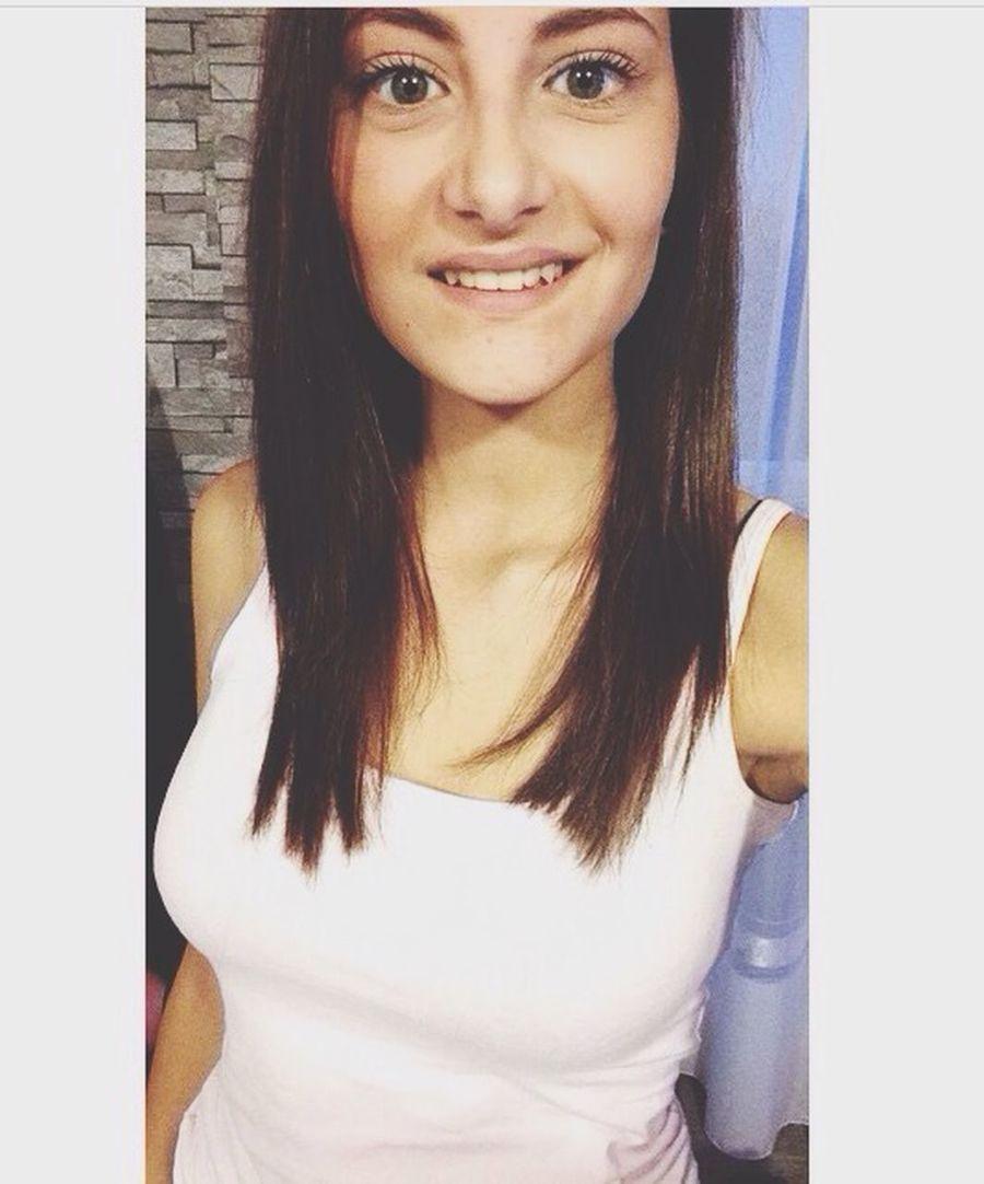 Oui je change , tu ne me reconnais plus ? Et bien dommage Girl Brune Picoftheday Ermont Love Beautiful Changement Besoin De Nouveau