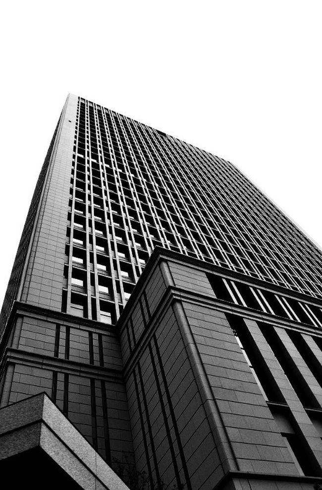 Lookingup Streetphoto_bw