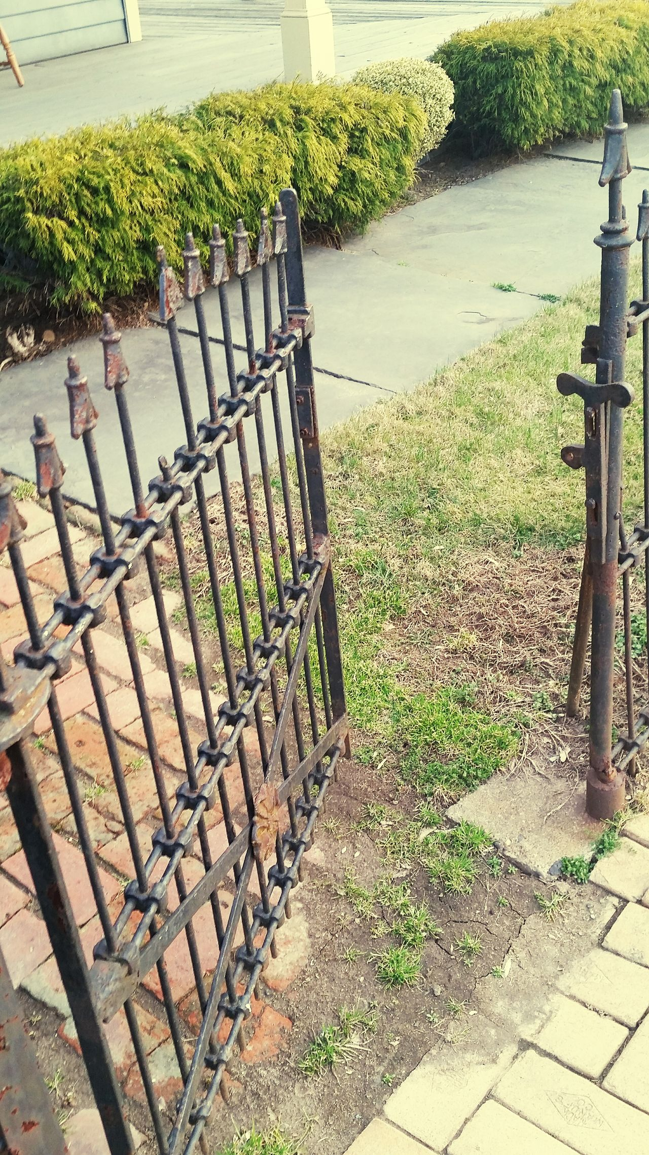 USA Bucks County Pennsylvania Wrought Iron Gate Wrought Iron Rust Open Gate My Quirky Style My View