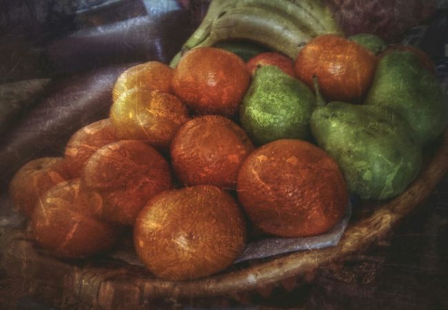 StillLife Happy Friday everyone 🍊☘. Indoors  Fruitporn Fruit Bowl Scraped Food Photography Colors and patterns Freshness Large Group Of Objects Spreading Warmth AMPt - Still Life (Nature Morte)