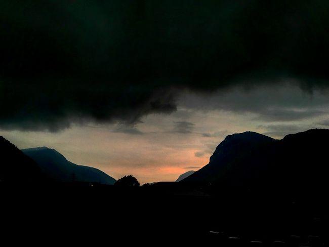 Blacksky Stormiscoming Rainingday Dayandnight Special👌shot Eyeemphotography Eyem Best Shots EyeEm Gallery Colors Skyisthelimit Taking Photos Switzerlandpictures Mendrisio