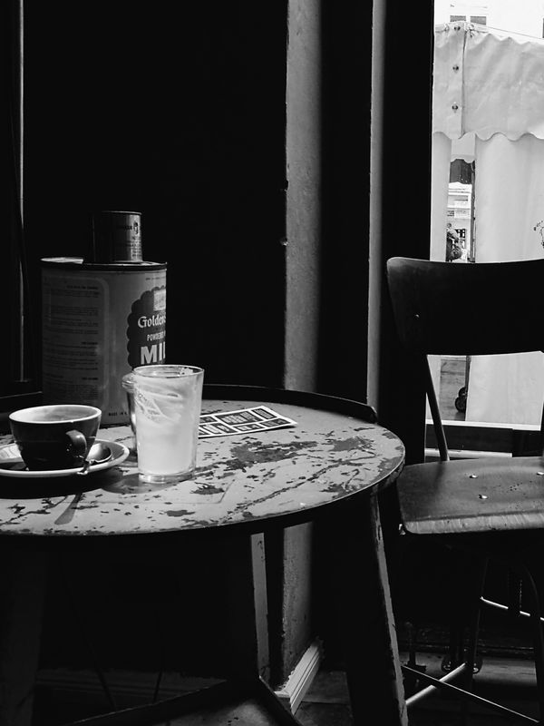 Chair Table Indoors  Interior Lifestyles Interior Views Light And Shadow Eye4photography  Mobilephotography Taking Photos Hanging Out HuaweiP9 Monochrome Photography Still Life VSCO Vscocam Black & White Blackandwhite Black&white Black And White Blacknwhite Window Interior Design Capture Berlin