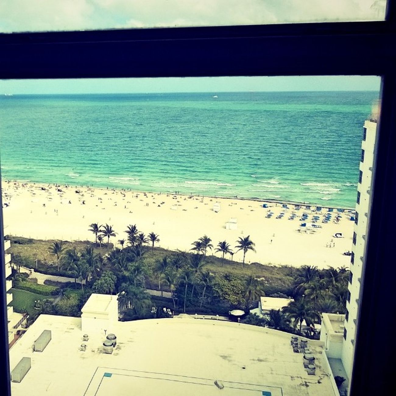 I can't wait to get out of this hotel and go to the beach! Miami Mia Yrflifestyle Flordia Lowesmiamibeach Sobefest