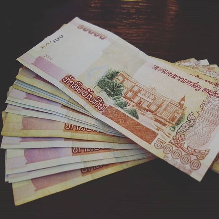 If you want to be a millionaire, just go to Laos, for only USD$125 Laos Cash Money Onemillion