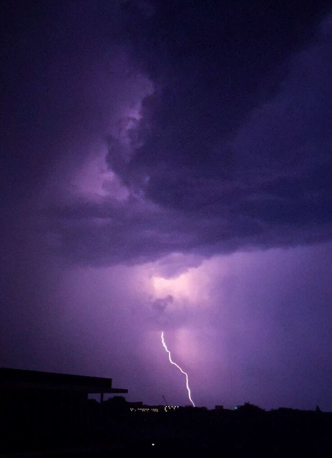 Thunder Storm Lightning Purple Clouds Sky Night Nightphotography Night Lights Cloud - Sky Storm Cloud Summer Dramatic Sky Illuminated EE Love Connection! Weather Atmospheric Mood Nature Beauty In Nature Color Of Life! Eeyem Photography Taking Photos Beauty In Nature Scenics