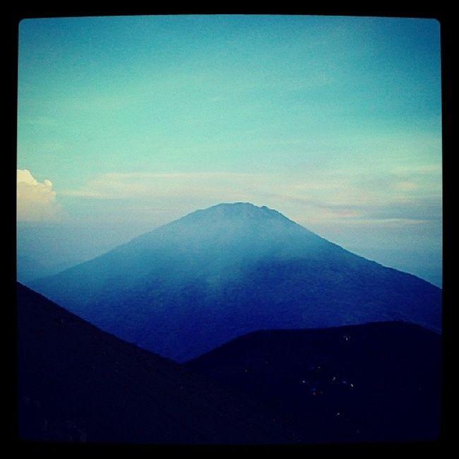 Mt. Merbabu From Mt. Merapi Boyolali, Indinesia. Exploringindonesia Travelingindonesia Passionpassport Beautifuldestinations mountain instanusantara joininstanusantara