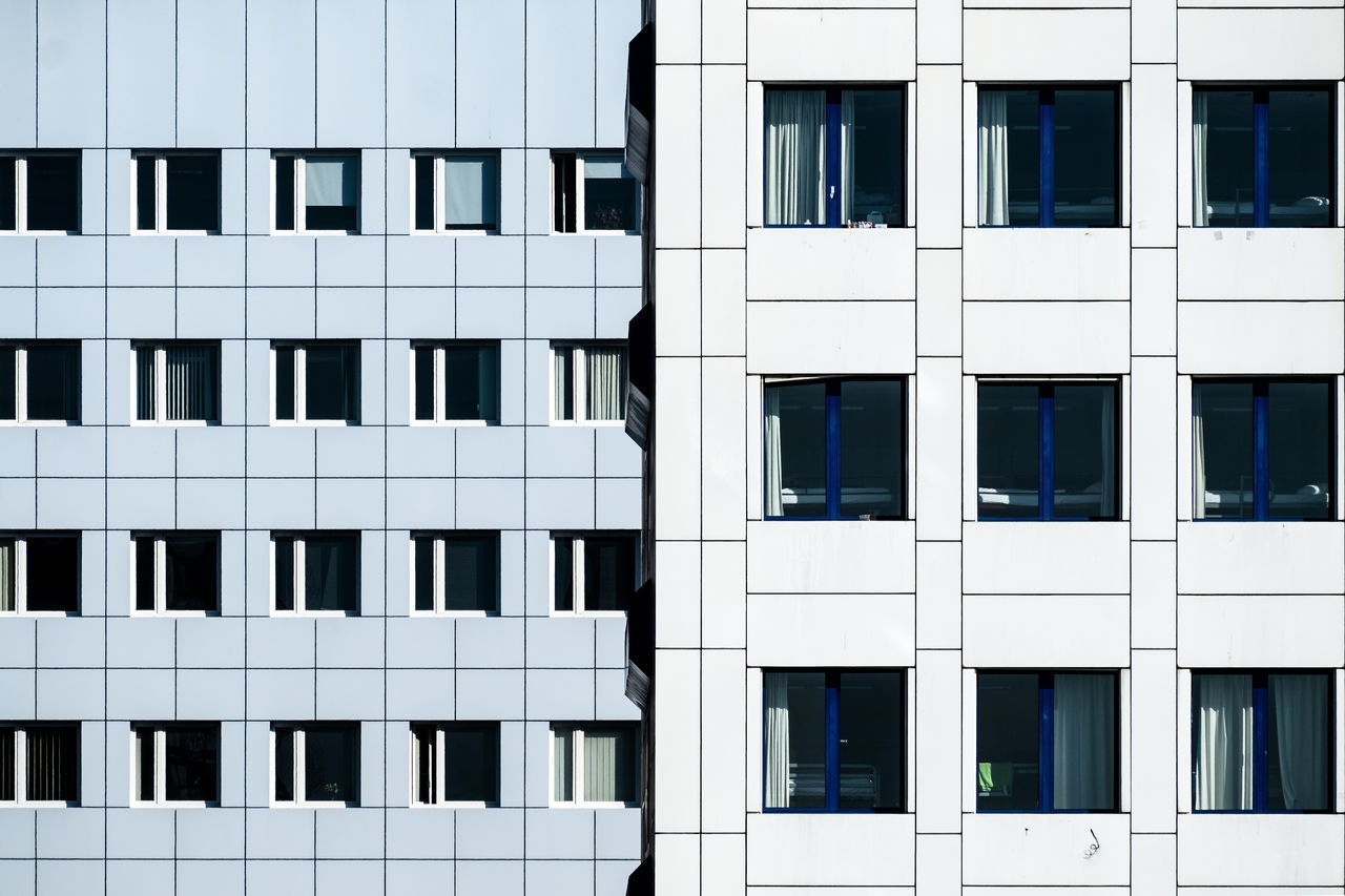 Twofacades Architectural Detail Architectural Feature Architecture Architecture_collection Architecturelovers Berlin Berlin Photography Building Building Exterior Built Structure Cityexplorer Cityscape Façade Minimalism Minimalist Architecture No People Outdoors Symmetry Urban Urban Geometry Urbanphotography