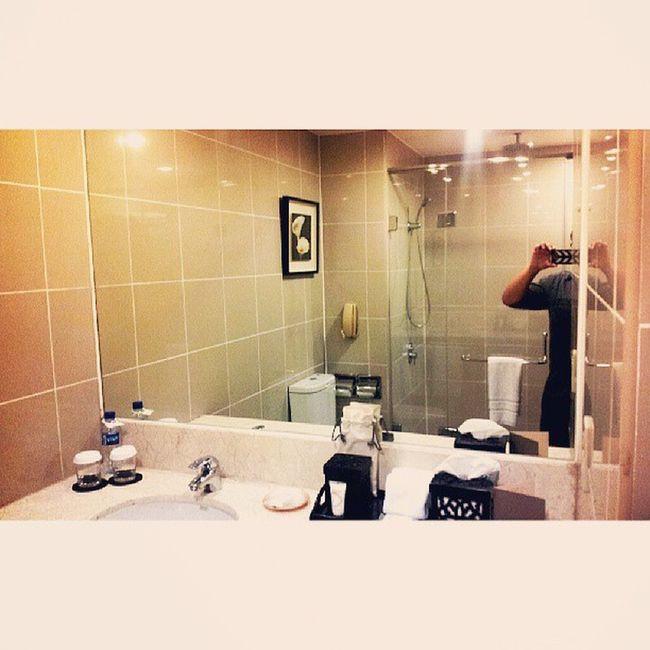 Bathroom Sofitel Sofitelmanila Luxuryhotel Itsmorefuninthephilippines discoverphilippines travelmanila