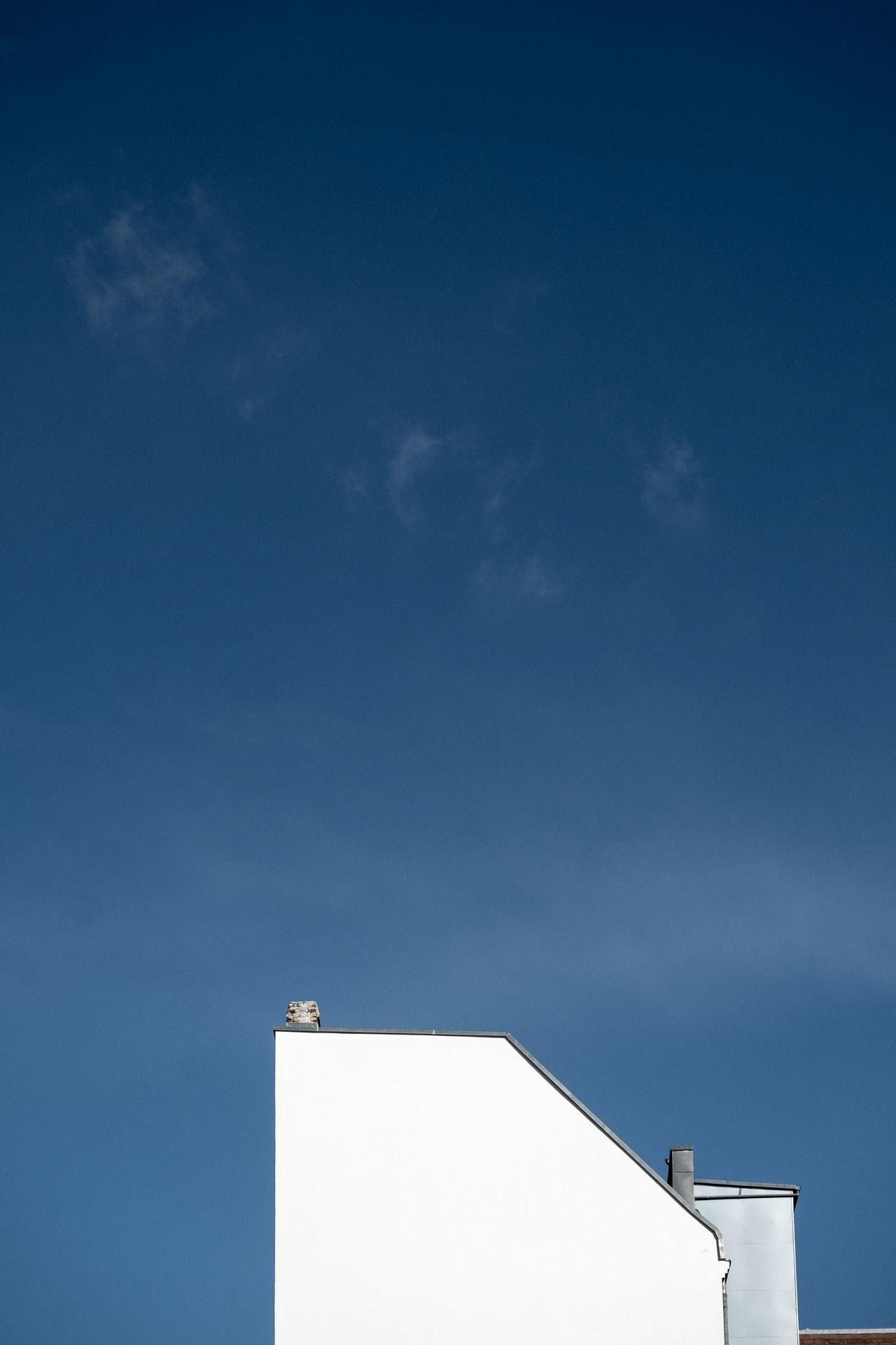 Lastonefromthisbuilding Architectural Detail Architectural Feature Architecture Architecture_collection Architecturelovers Blue Sky Building And Sky Building Exterior Building Story Buildings Buildings & Sky City Life Cityexplorer Day Façade Minimalism Minimalist Minimalobsession No People Outdoors Simplicity Sky