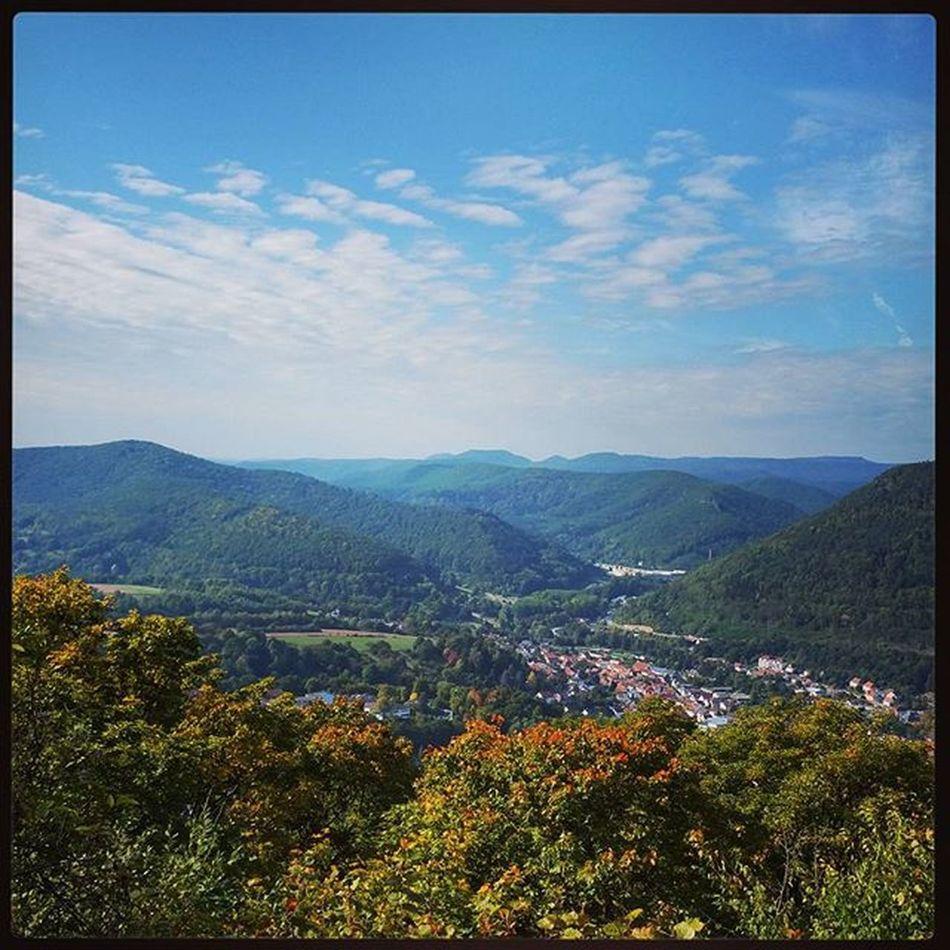 Oben 👣✌Trifels Beautifulday Beautifulview Autumn Outdoors Hiking Palatinate Palatinateforest Pfälzerwald