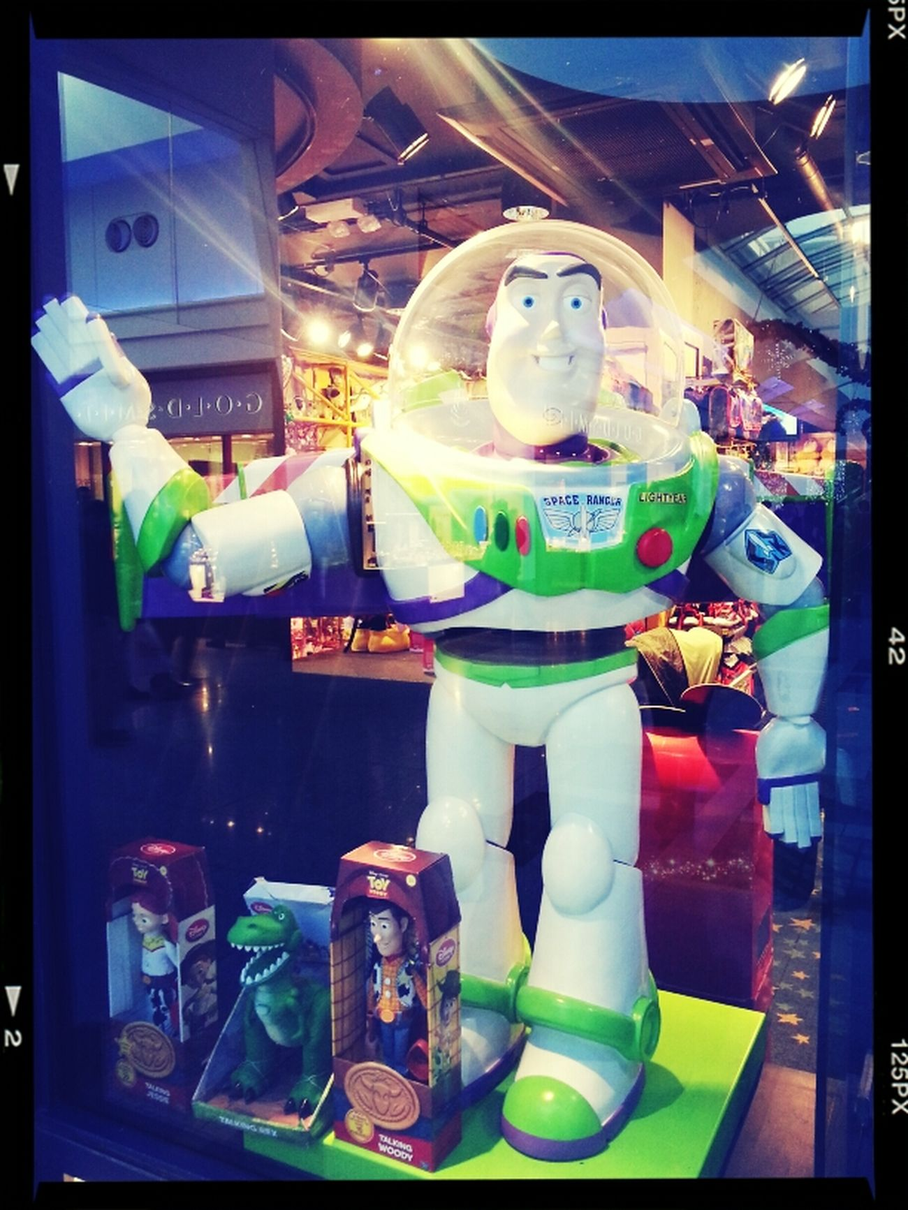 Buzz, Look Snow Alien