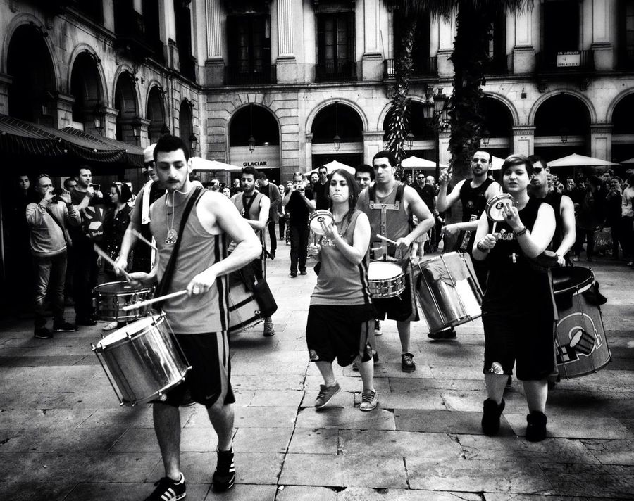 Enjoying Life Barcelona Streets What We Do...