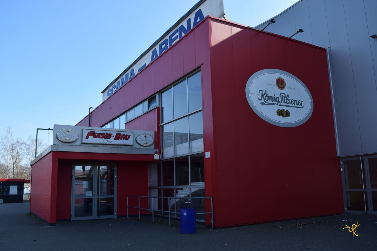 Architecture Building Exterior Built Structure Clear Sky Communication Day Duisburg Eishockey Eisstadion Eisstadion Duisburg Füchse Füchse Duisburg König Pilsener No People Outdoors Red Sign Text