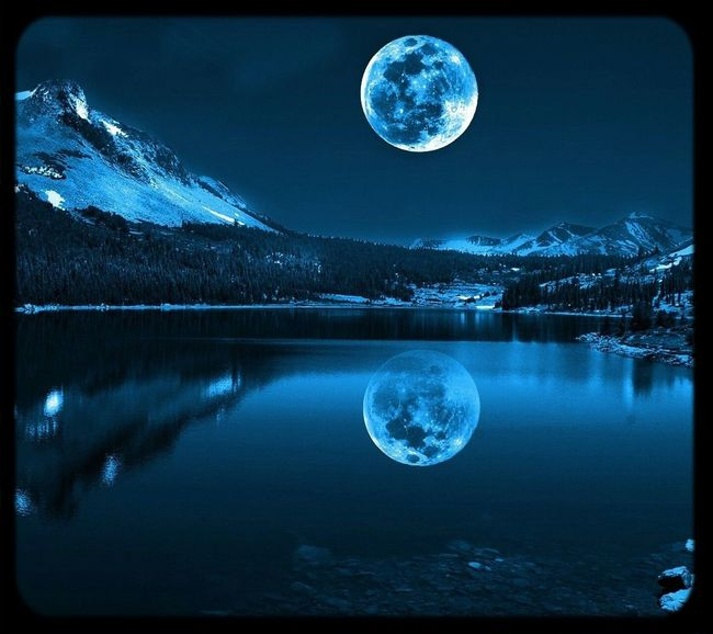 Amazing Moon