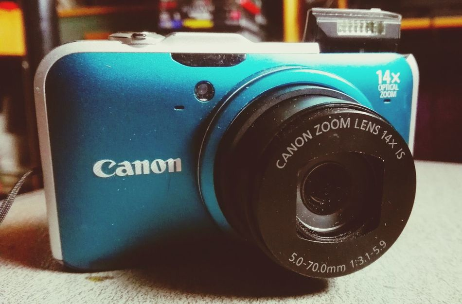 Retro Styled Close-up Photography Themes Camera - Photographic Equipment March 2017 Winter 2017 Bokeh From My Point Of View Camera Photographs Technology Canon HS Series Canonphotography Canon Turquoise By Motorola