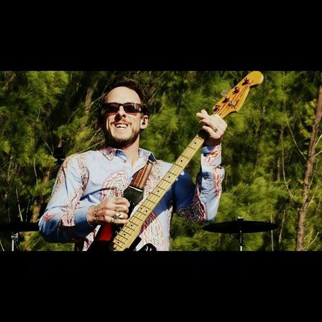 Weezercruise WEEZER Scottshriner Gig Music Monikasmithphotography Live Sony Sonyhx50 HX50