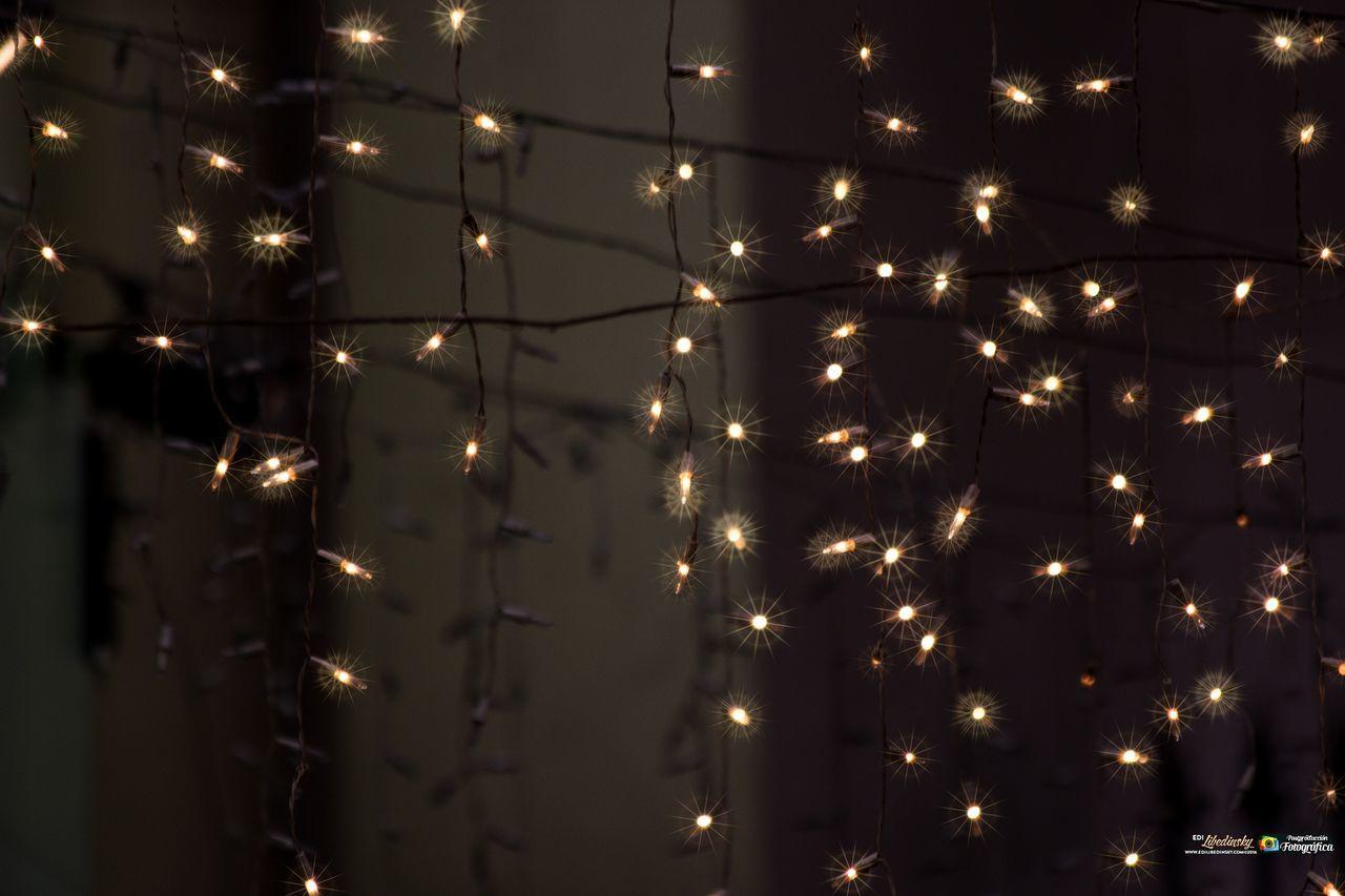 illuminated, lighting equipment, glowing, night, no people, indoors, celebration, electricity, full frame, backgrounds, light bulb, close-up, hanging, christmas decoration