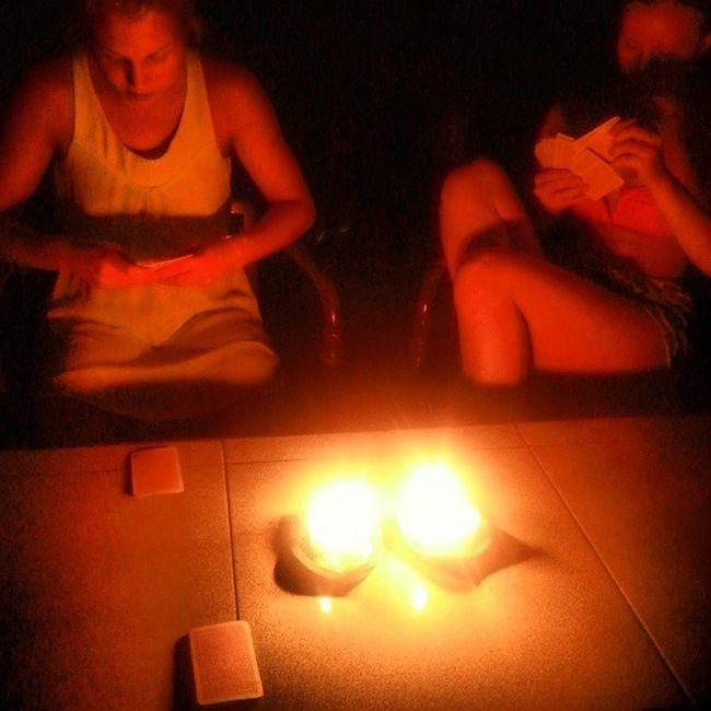 Kortlir i mörkret, får inte ha några lampor tända.. Silenceday Bali Sanur Picoftheday follow followme