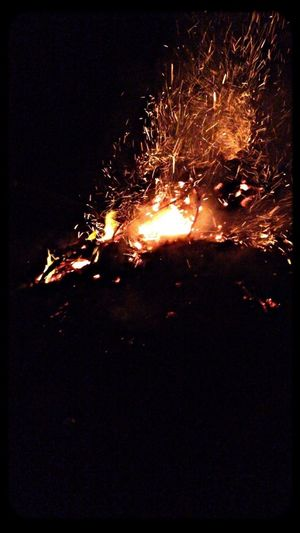 Bomfire Fire Camping