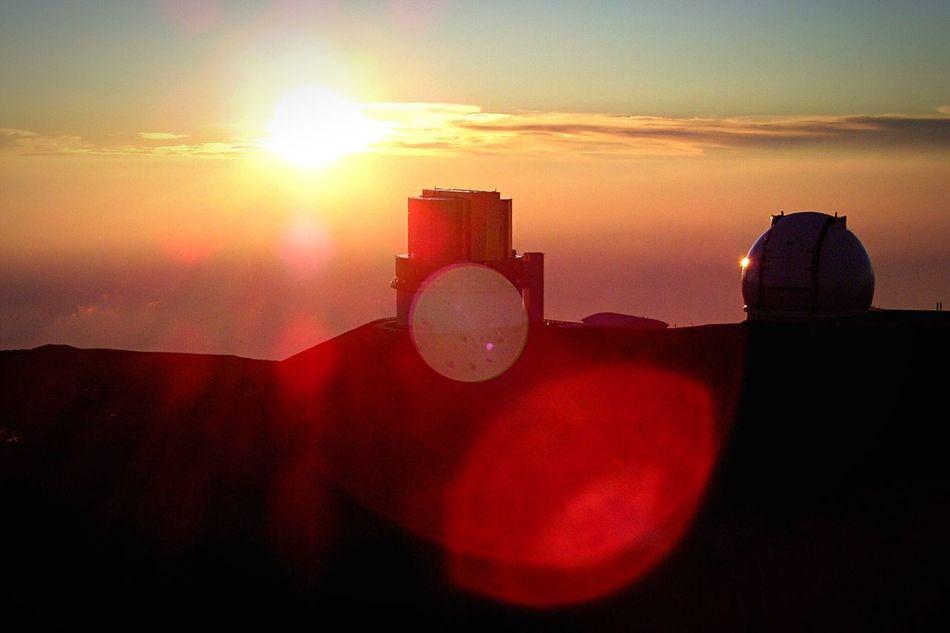 Astronomical Observatory Astronomical Telescope Sunset Sunshine Sunlight ☀ Backlight Subaru Hawaii Mountain Mountain View Stargazing Showcase: February