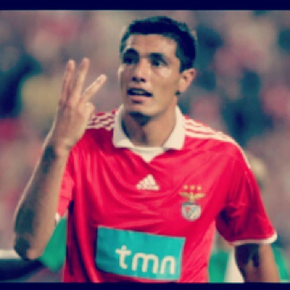Quero-te a fazer isto hoje s2 Benfica Oscar Cardozo Idol champions futebol believe love life trust red lovely man i love you