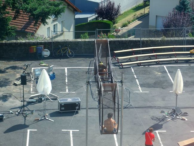 Acrobats taking a break during rehearsal. Acrobat Acrobats Circus Rehearsal Rehearse Sun Scorcher Hot Hot Day From My Point Of View Tranquil Scene France Outdoors Man Made Object Check This Out AURILLAC 2016 Aurillac FestivalInternational De Théâtre De Rue Et Des Arts De La Rue AURILLAC 2016 - Festival International De Théâtre De Rue D'Aurillac Festival D'aurillac