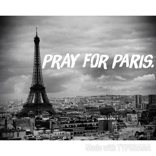 Condoléances à Paris . condoléances aux proches des victimes ont fait un écerv. 🇫🇷 Prayforparis PrayForParis🙏 First Eyeem Photo