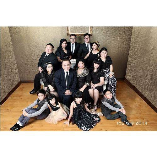 Glamour gold black with The Tjokro Family Photoshoot Icliq Indoor Studio Squaready