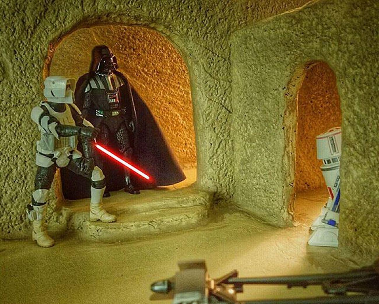 There he goes Lord Vader! R4 Droids Starwars Blackseries Scouttrooper Speederbike Starwars Tatooine Toyphotography Figures Sandtooine Diorama Lightsaber Ihatesand Starwarsblackseries