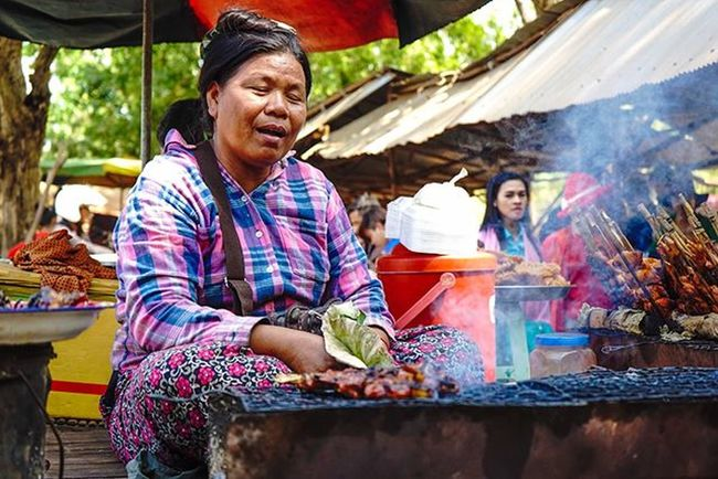BBQ skewers, fresh off the flame. Sony a7 experience @ Wat Oudong. Sony A7s Sonyalpha Sonyimages SonyA7s Sonycamera Sonyphotography Theappwhisperer Adventurevisuals GoodRadShot Fhotoroom PicHitMe EyeEm EyeEm_O MenchFeature Photography Pixelpanda Visitorg Aop_Lab Yourworldgallery SeeOurWorldNow Runningtheworld Natgeo Natgeotravel Natgeoyourshot Cambodia PhnomPenh @fhotoroom_ @pichitme @goodradshot @street_hunters @pixel_panda_ @eyeem_o @photocrowd @photoadvices @worldphotoorg