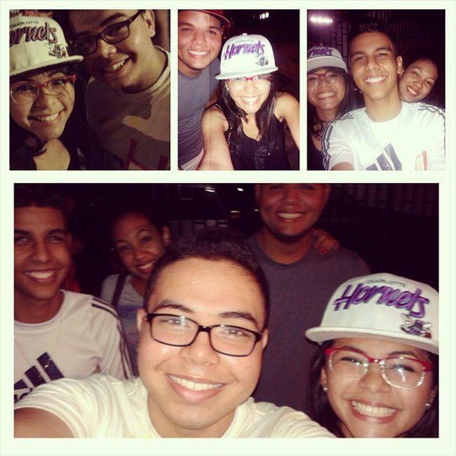 Selfie da noite com eles... <3 ♡♥ Jump RedejuvenilEfraim Friends Brothers Selfie God Jesus Happy Smile Night @wesleysousa12 @pricardo12 @pam_luiza12 @arislateixeira