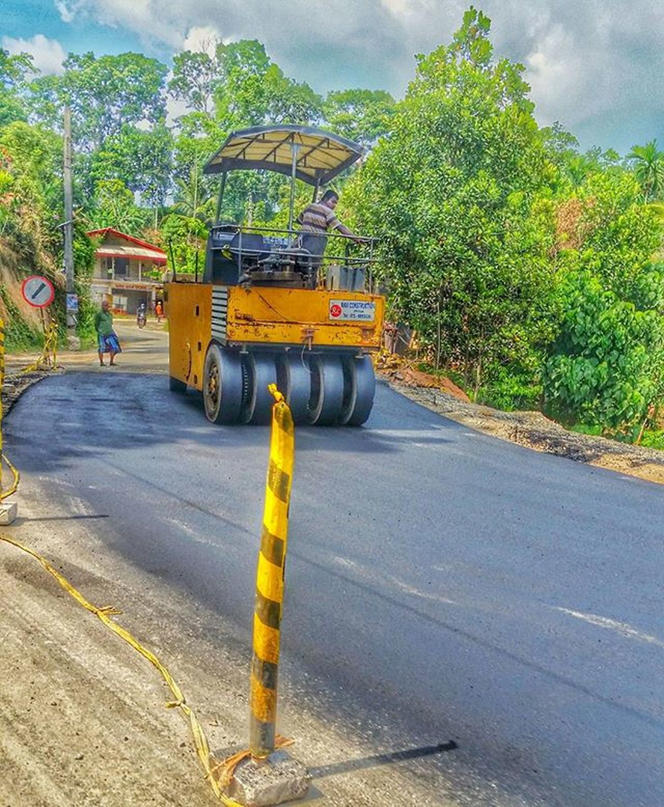 Construction Randomcapture Tarroad Roadrollers Kottawa Tagsforlikes Likeforlikes Workings Nature Spreadtheloveforsrilanka Inspiresl Srilankaness