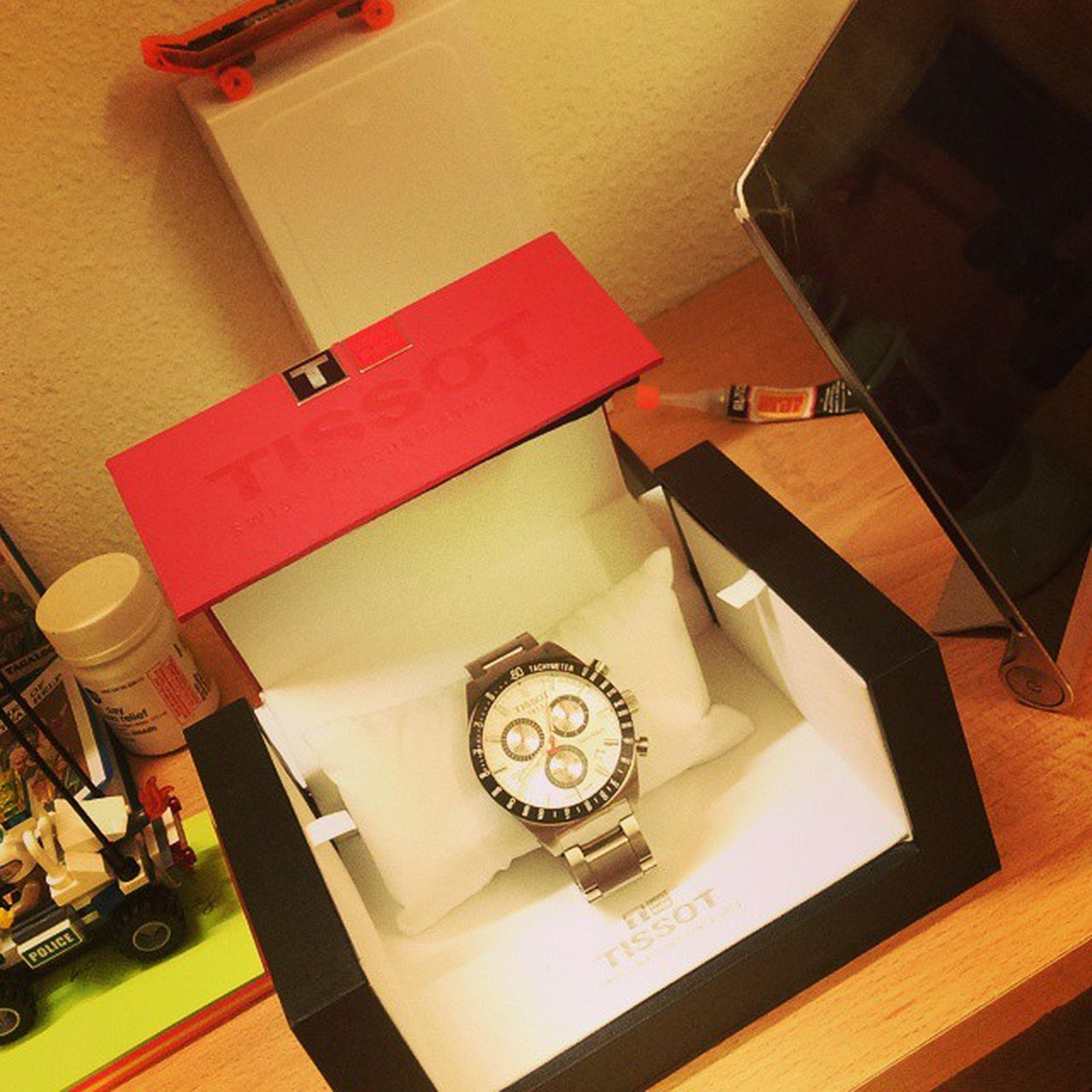 Life is short! Buy the watch! Needsvswants Watchenthusiasts Realwatchesforrealpeople DontCrackUnderPressure Swiss Tissot