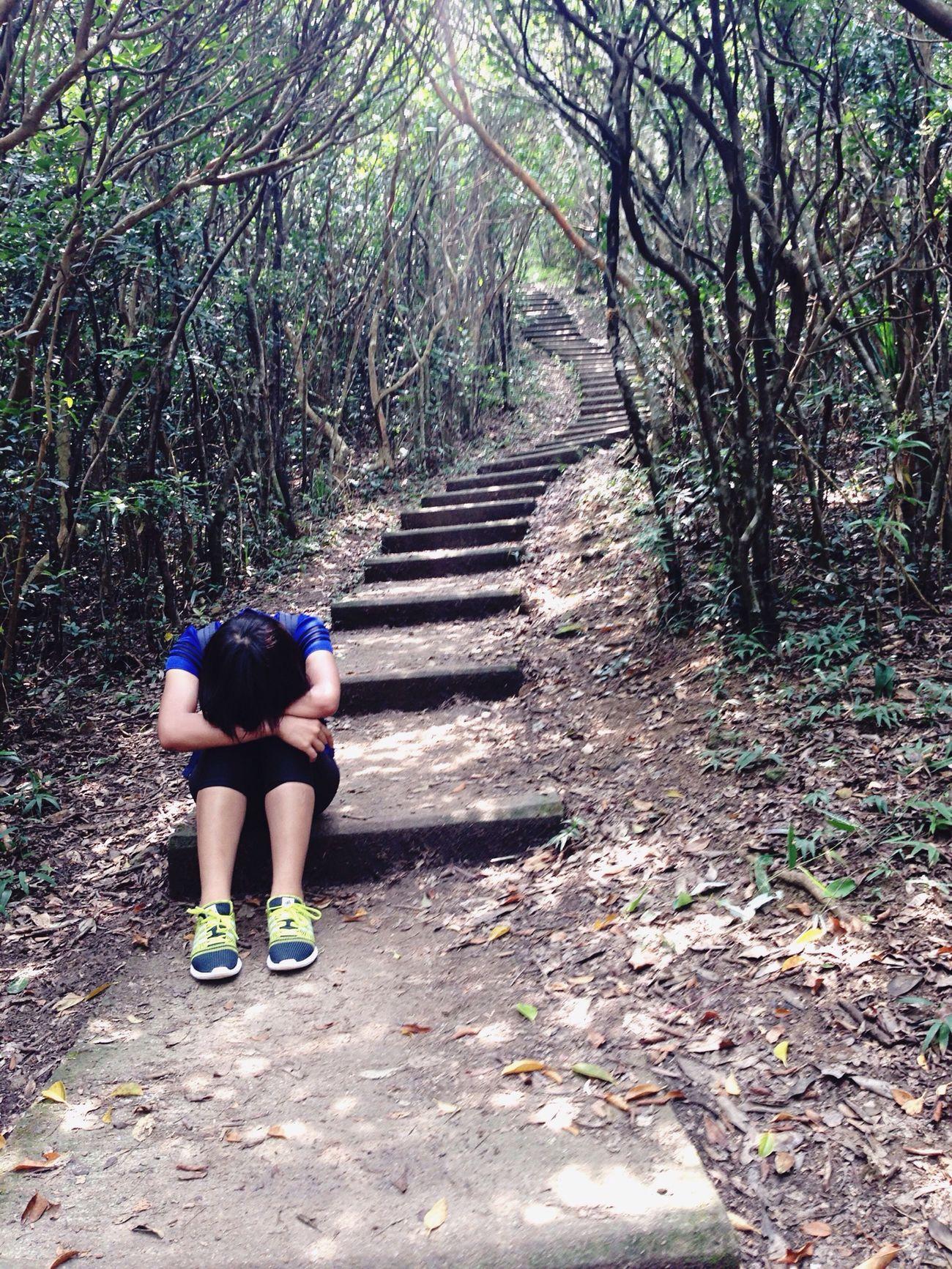 Nature Thats Me  Tired! Relaxing On A Hike Take A Break Indonesian Girls My Feet Hurt Hongkonger